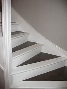 Avec Quoi Recouvrir Un Escalier En Carrelage : escalier apr s d coration cr ation d 39 espaces int rieurs ~ Melissatoandfro.com Idées de Décoration
