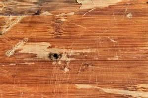 Holz Aufhellen Hausmittel : kratzer entfernen reichen hausmittel zur beseitigung ~ Lizthompson.info Haus und Dekorationen