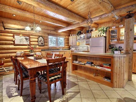 cuisine chalet bois ours blanc au chalet en bois rond