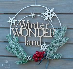 Deko Für Die Wand : diy weihnachtsdeko f r die wand mit metallringen deko kitchen ~ Orissabook.com Haus und Dekorationen