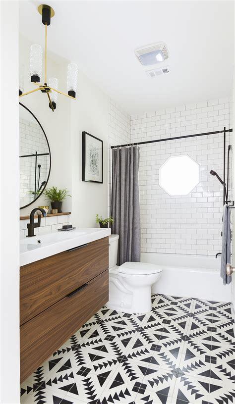 ways   tile   bathroom  homes gardens