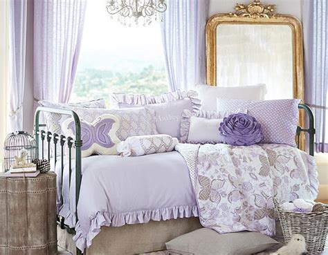 I Love The Pottery Barn Kids Evelyn Daybed On