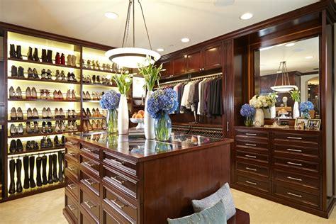 la closet design scientist to closet designer to the