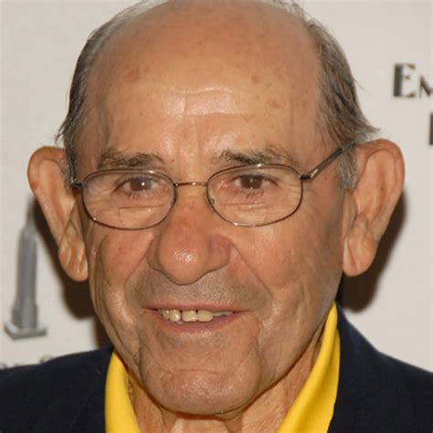yogi berra coach famous baseball players biography