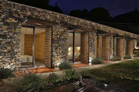 modern italian stone villa   hill overlooking