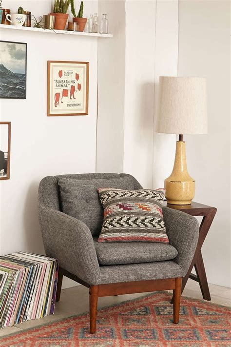tips  choosing suitable accent chairs   living