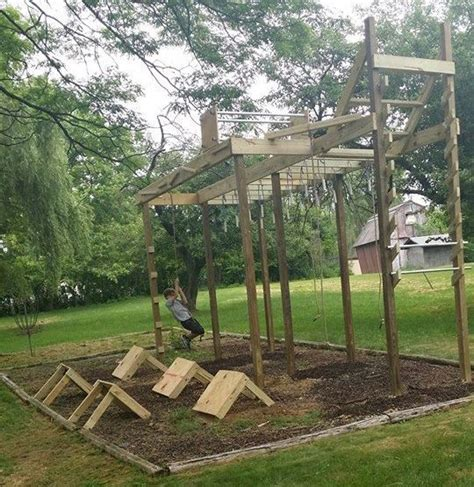 How To Do Parkour In Your Backyard by The 25 Best Backyard Obstacle Course Ideas On