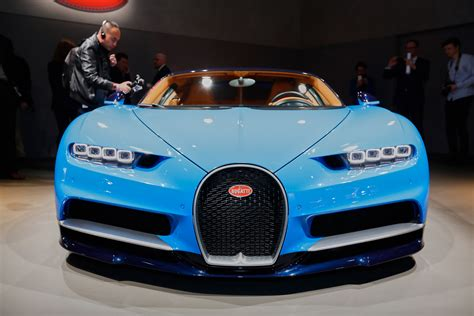 The most powerful, fastest and exclusive production super sports car in bugatti's brand history: 5 Awesome Facts about the NEW Bugatti Chiron - YouTube