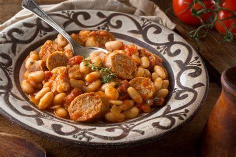 recette cassoulet reconfortant  la tomate  haricots