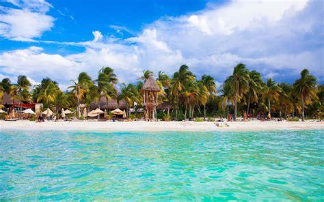 Cancun Beach Mexico A City On The Yucatan Peninsula That