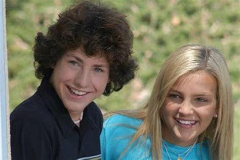 Jamie Lynn Spears Teases 'Zoey 101' Reboot With Sean Flynn