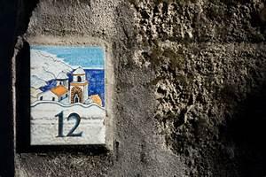 Plaque Numero De Maison : plaque num ro de rue quelle r glementation maison modernemaison moderne ~ Teatrodelosmanantiales.com Idées de Décoration