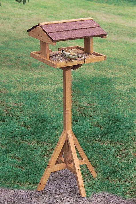 mangeoire a oiseau mangeoire oiseaux c 244 t 233 maison