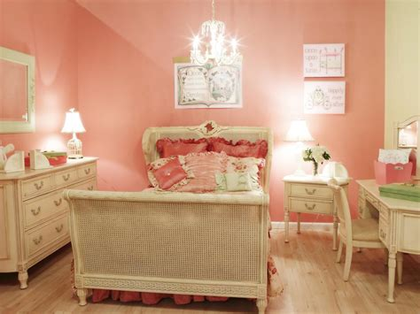 Girls' Bedroom Color Schemes