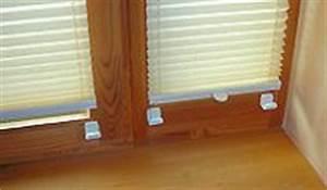 Plissee Befestigung Holzfenster : plissees faltstores rollos montage befestigen ~ Orissabook.com Haus und Dekorationen