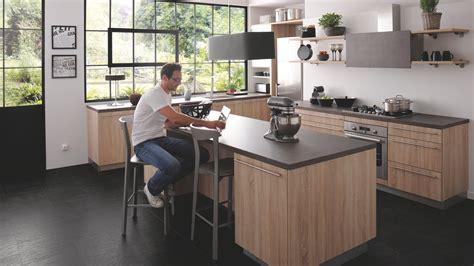 cuisines as cuisine équipée industrielle avec îlot trend bois