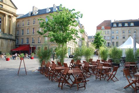 restaurants place de chambre metz file metz place de chambre jpg wikimedia commons
