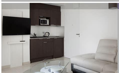 chambre d hotel avec kitchenette kitchenette equipee pas cher