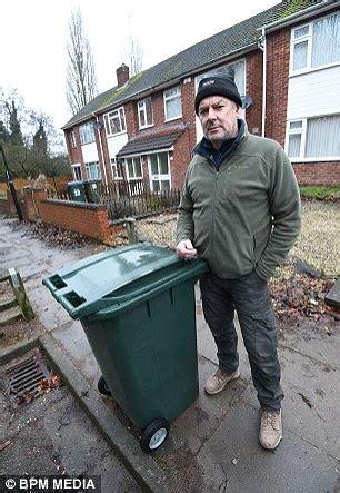 Coundon Residents' Fury As Bin Men Won't Drive Down Street