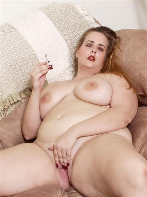 Horny Big Tit Bbw Loves Teasing And Spreading Her Pussy