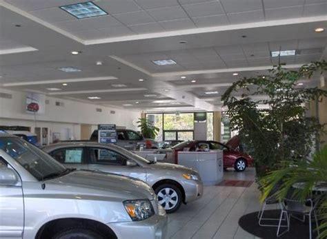 toyota dealers washington larson toyota of tacoma car dealership in tacoma wa 98409