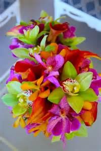 hawaiian wedding flowers hawaiian wedding flowers on hawaiian wedding dresses kauai wedding and plumeria bouquet