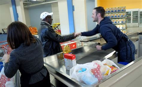 Grand Rapids Food Pantry Food Club Brings New Hunger Relief Model To Grand Rapids