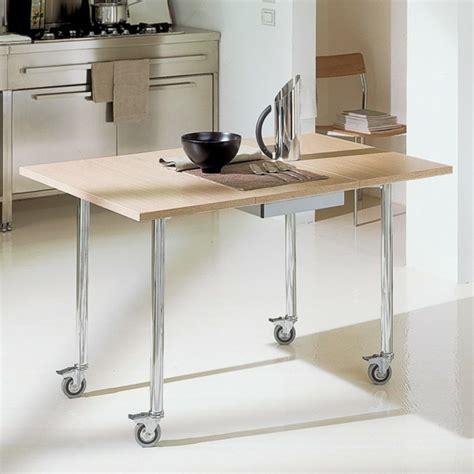 table de conversion cuisine designs créatifs de table pliante de cuisine archzine fr
