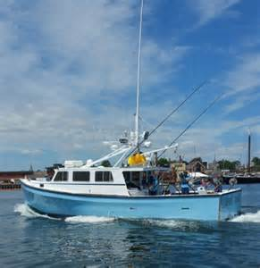 Tuna Boat Sinks 2016 by Axalta S Imron Paint Shines On Fishing Boat Featured On Tv