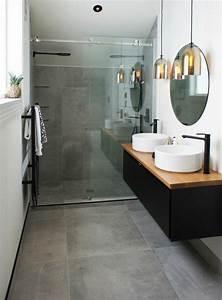 Miroir Salle De Bain Rond : id e d coration salle de bain salle de bain contemporaine avec vasques blanches et miroir rond ~ Teatrodelosmanantiales.com Idées de Décoration