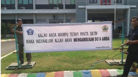 meme comic indonesia artikel  ribu pendaftar sekolah