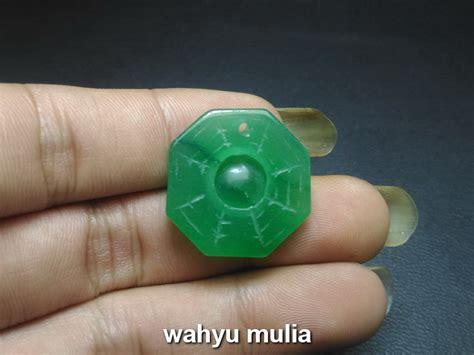 liontin batu giok jadeit jade ukir pat kwa asli kode 666 wahyu mulia