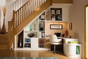 Rangement Sous Bureau : rangement sous escalier et id es d 39 am nagement alternatif ~ Teatrodelosmanantiales.com Idées de Décoration