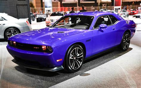 Dodge Challenger Image: Dodge Challenger Showroom In India