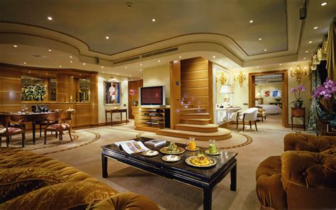 Considerations When Shopping For Luxury Property