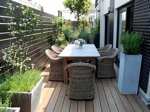realisation terrasse bois fiorellino espace repas With amenagement exterieur maison terrain en pente 16 maison avec toit terrasse photos plans inspirations