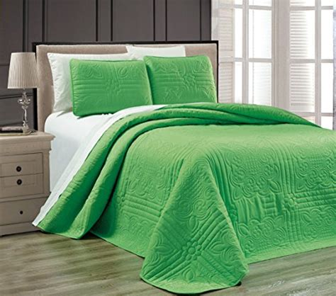 Green Coverlet King by 3 Lime Green Oversize Quot Stella Grande Quot Bedspread King