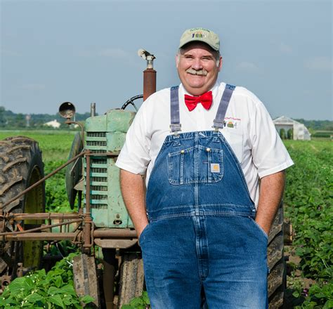 Meet Modern Farmer's Guest Instagrammer: Farmer Lee Jones