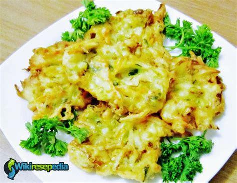 Silakan anda potong sayuran dengan ukuran kecil, lalu. Resep Cara Membuat Bakwan Sayur Renyah Enak | Resep Resep Lezat