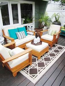 tapis dexterieur pour une deco moderne et conviviale With tapis exterieur avec canapé design marron