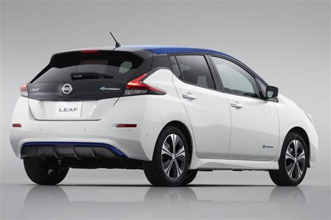 Best Electric Car In The World by Nissan Leaf Sales Cross 4 Lakh Units Best Selling