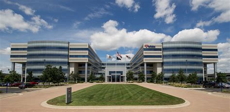 Select Income REIT Completes Acquisition of Class A ...