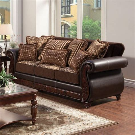 mixing leather and fabric furniture in living room
