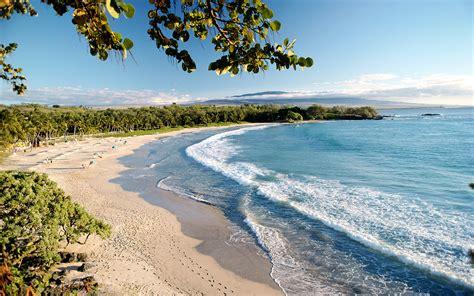 beaches  hawaii travel leisure