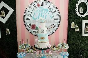 Kara's Party Ideas Alice in Wonderland Birthday Party ...