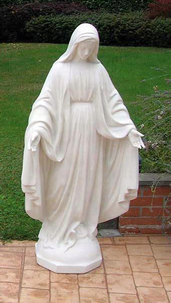 51 Best Angel Statues Images On Pinterest Sculptures