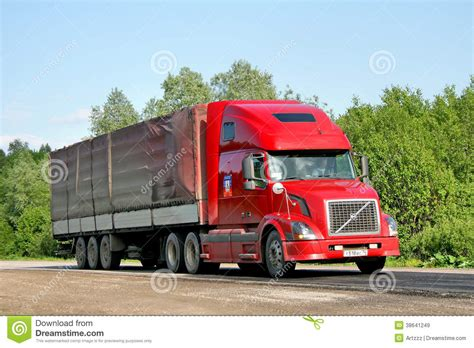 red volvo truck volvo vnl64t editorial stock image image of blue carrier