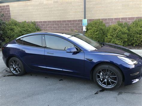 47+ Black Tesla 3 With Tinted Windows Background