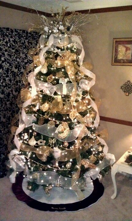 white and gold christmas tree christmas pinterest
