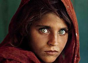 Top 10 Most Beautiful Eyes In The World Revealed | Random ...